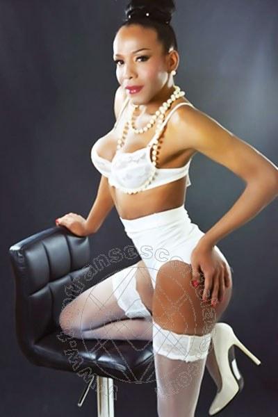 Fernanda Santarelly  MILANO 3889546814