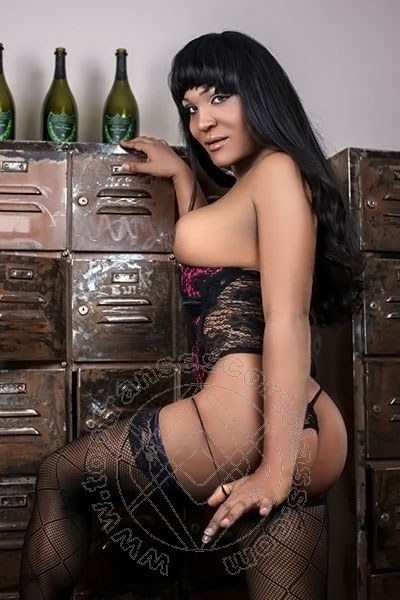 Diana Mora  SAN BARTOLOMEO AL MARE 3248494251