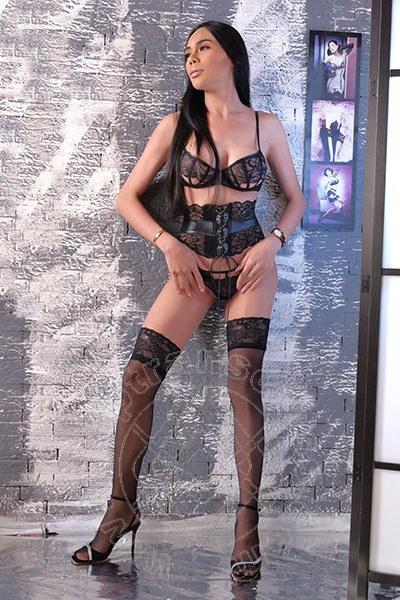 Linda Thai  GENOVA 3895085672