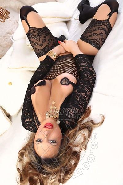 Dottoressa Mony  POLIGNANO A MARE 3248405735